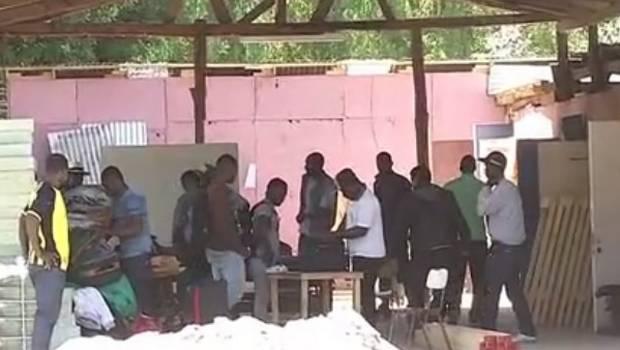 TRABAJADORES AGRÍCOLAS HAITIANOS SE ENCUENTRAN EN PÉSIMAS CONDICIONESLABORALES